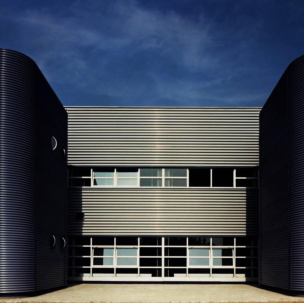 Nicholas Grimshaw Factory Building