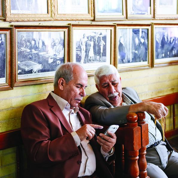 Al Shabandar Cafe in Baghdad, Iraq © Ayman al-Amiri