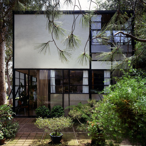 Eames House, exterior view © Eames Office LLC, Photo: Timothy Street- Porter