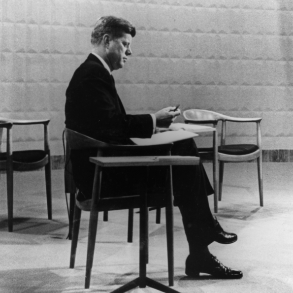 John F. Kennedy sitting on Wegner's »JH501« (1949-50) during a televised debate between the US presidential candidates, 1960, Courtesy Hans J Wegners Tegnestue