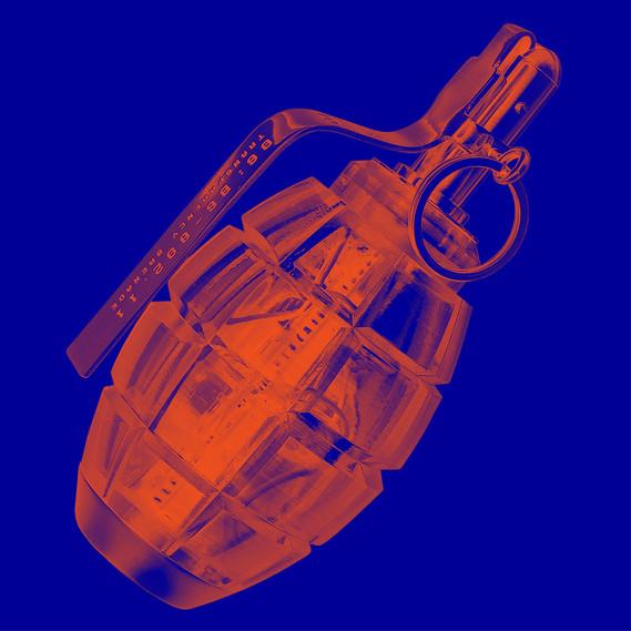 Julian Oliver, Transparency Grenade, 2012 © Julian Oliver, photo: Khuong Bismuth, illustration: Daniel Streat