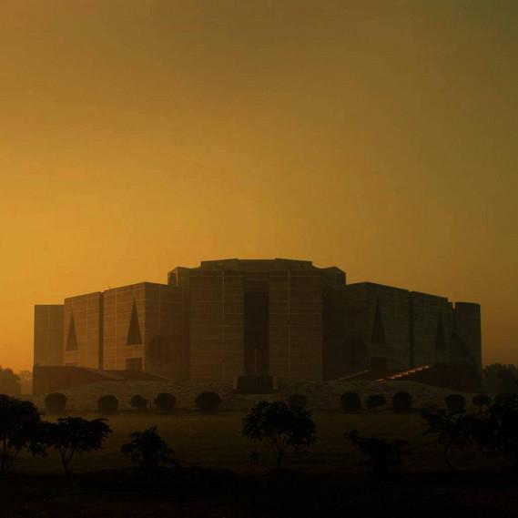 Parlamentsgebäude in Dhaka, Bangladesch, Louis Kahn, 1962–83
