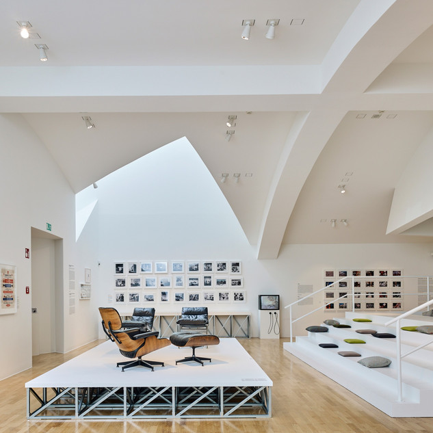 Installationsansicht Vitra Design Museum »Charles & Ray Eames. The Power of Design«, 2017, Foto: Mark Niedermann