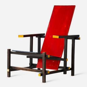 Gerrit T. Rietveld, Roodblauwe stoel, 1918, © VG Bild-Kunst, photo: Vitra Design Museum (MRI-1001), photographer: Jürgen Hans/objektfotograf.ch