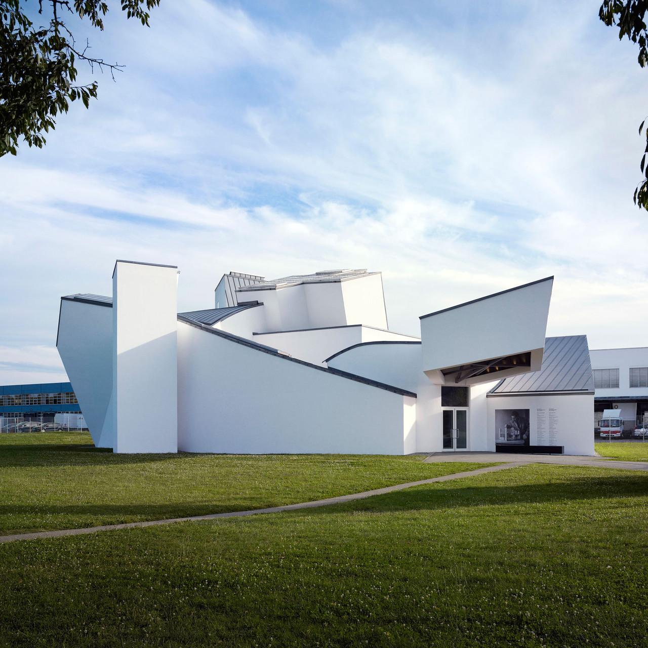 Vitra Design Museum, Frank Gehry, 1989 © Vitra, Foto: Julien Lanoo