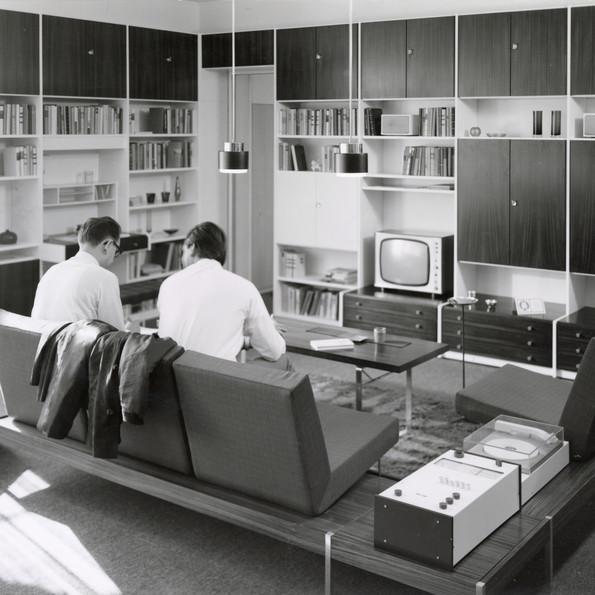 Rudolf Horn and Eberhardt Wüstner, MDW shelving system, 1967, Archive Rudolf Horn, photo: Friedrich Weimer, Dresden
