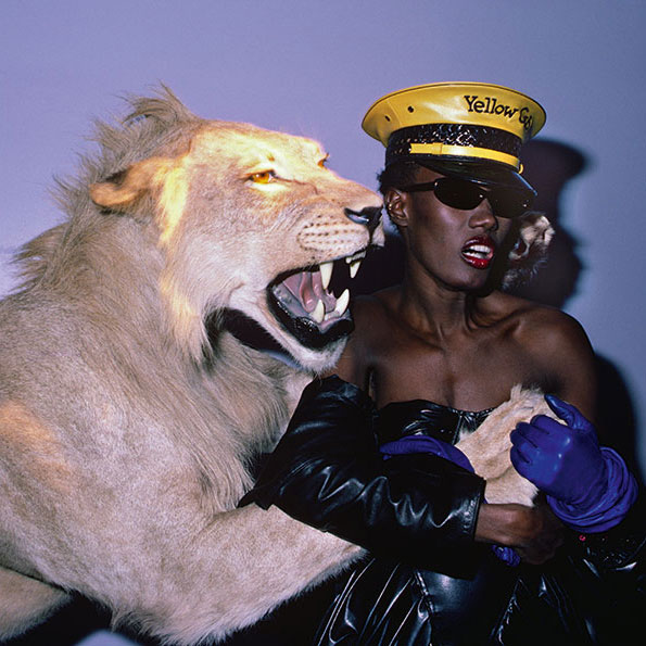 "Volker Hinz, Grace Jones zum ""Confinement"" (Haft) Thema, Area, New York, 1984. © Volker Hinz"