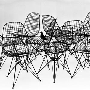 Kazam! Die Möbelexperimente von Charles & Ray Eames